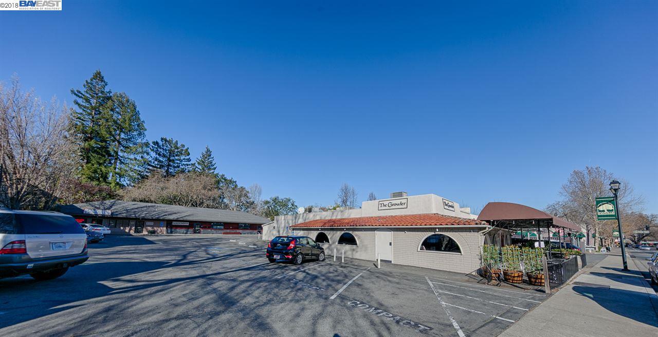 Commercial للـ Sale في 515 San Ramon Valley Blvd 515 San Ramon Valley Blvd Danville, California 94526 United States