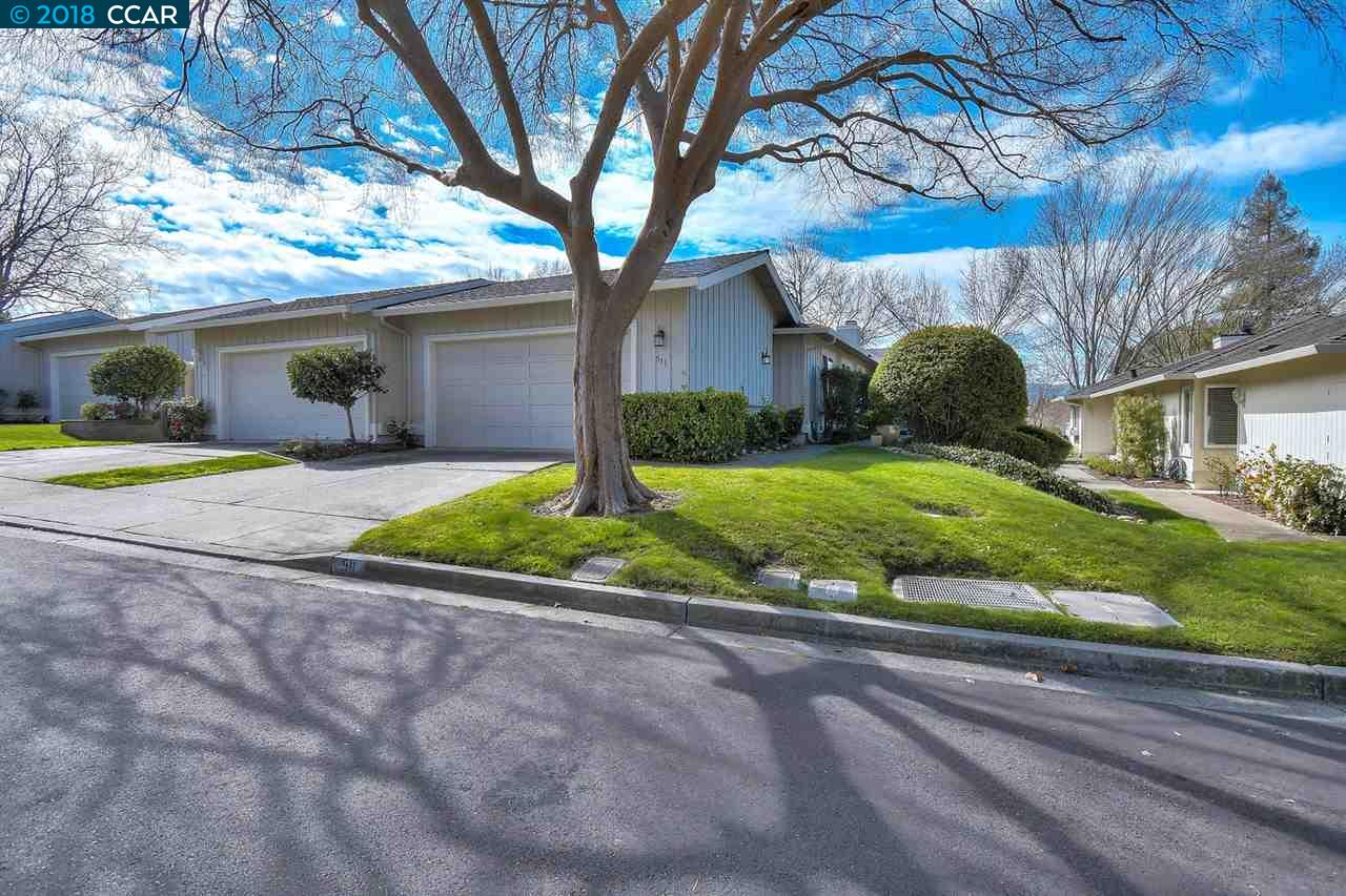 Townhouse for Sale at 511 Rolling Hills Lane 511 Rolling Hills Lane Danville, California 94526 United States