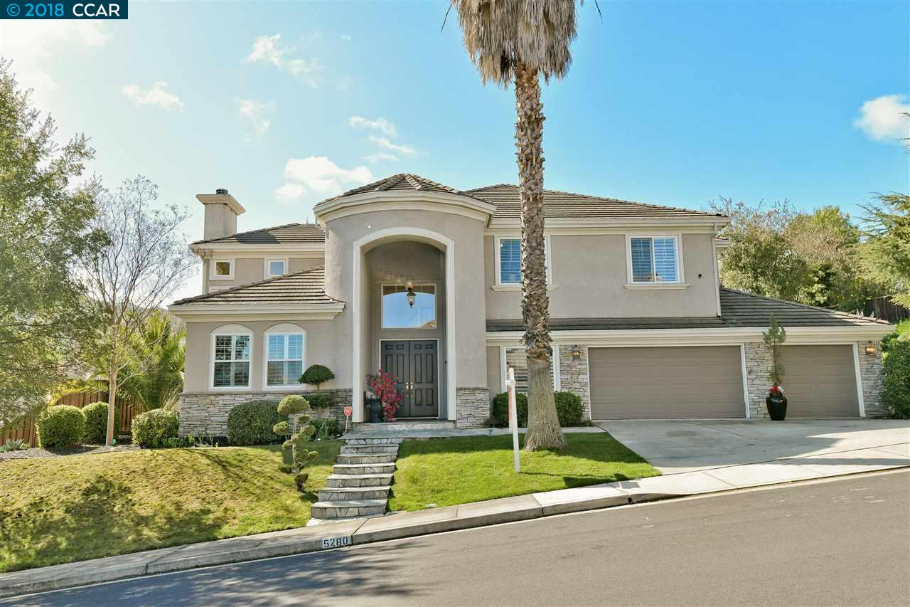 Single Family Home for Sale at 5280 Ambleside Drive 5280 Ambleside Drive Concord, California 94521 United States