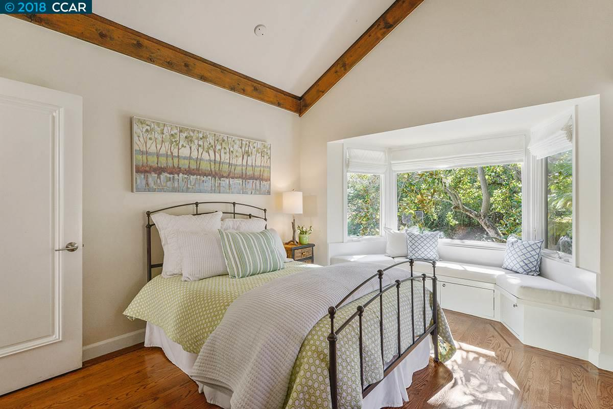 100 SANDHILL ROAD, ORINDA, CA 94563  Photo