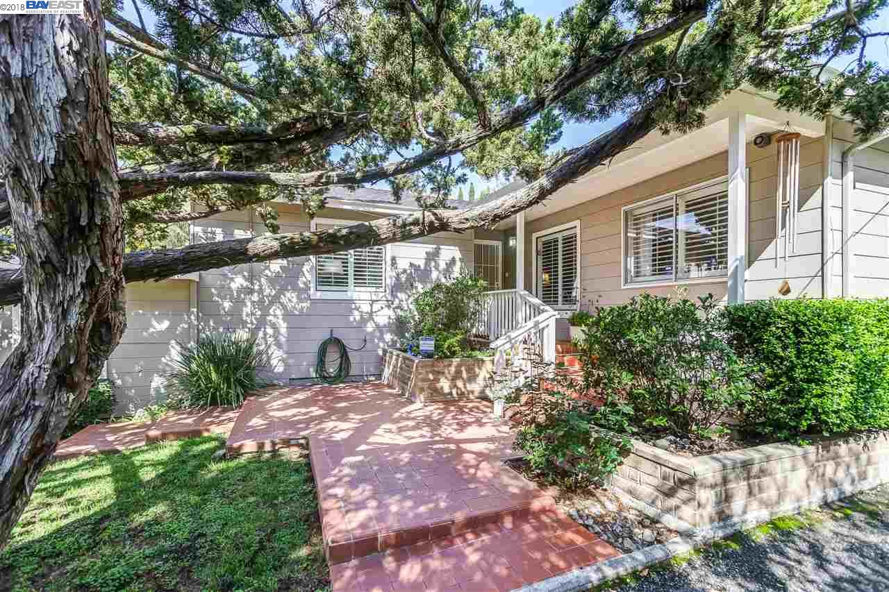 Buying or Selling CASTRO VALLEY Real Estate, MLS:40817313, Call The Gregori Group 800-981-3134