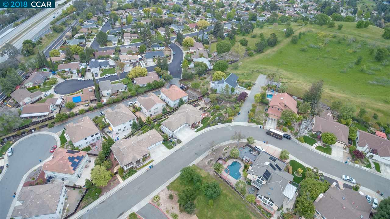 1460 HULL LN, MARTINEZ, CA 94553  Photo