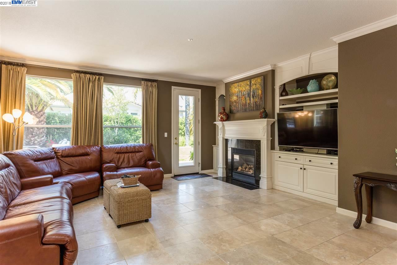 386 CALL OF THE WILD WAY, LIVERMORE, CA 94550  Photo 11