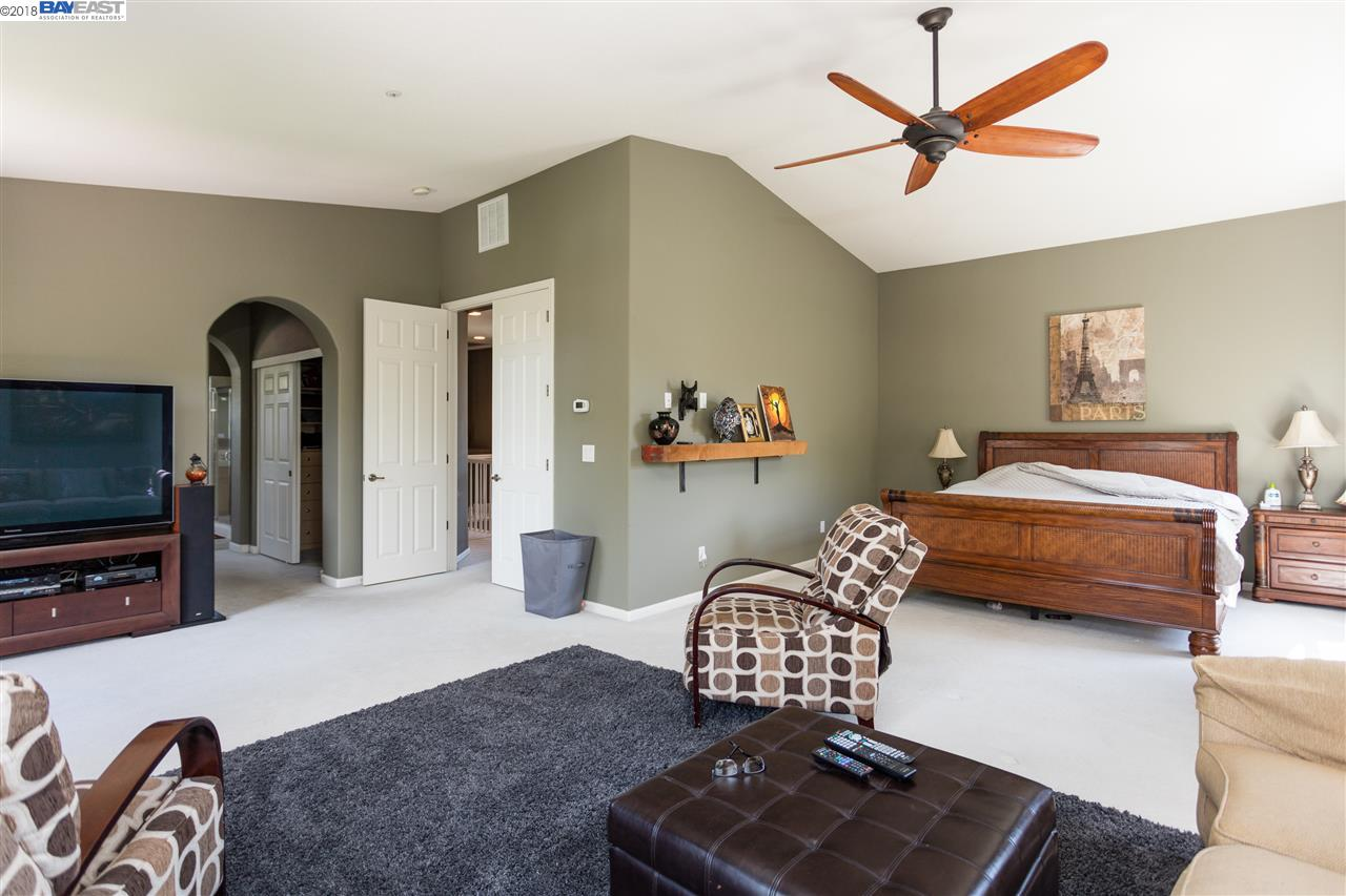 386 CALL OF THE WILD WAY, LIVERMORE, CA 94550  Photo 15