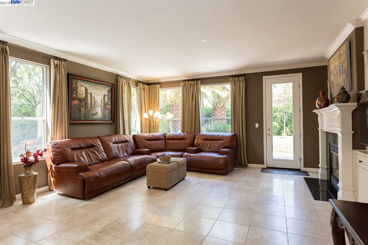 386 CALL OF THE WILD WAY, LIVERMORE, CA 94550  Photo 10