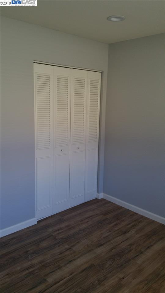 MLS40 4040 Wwwmarcromer 40 Lemontree Way 40 Impressive Laminate Floor Bedroom Remodelling