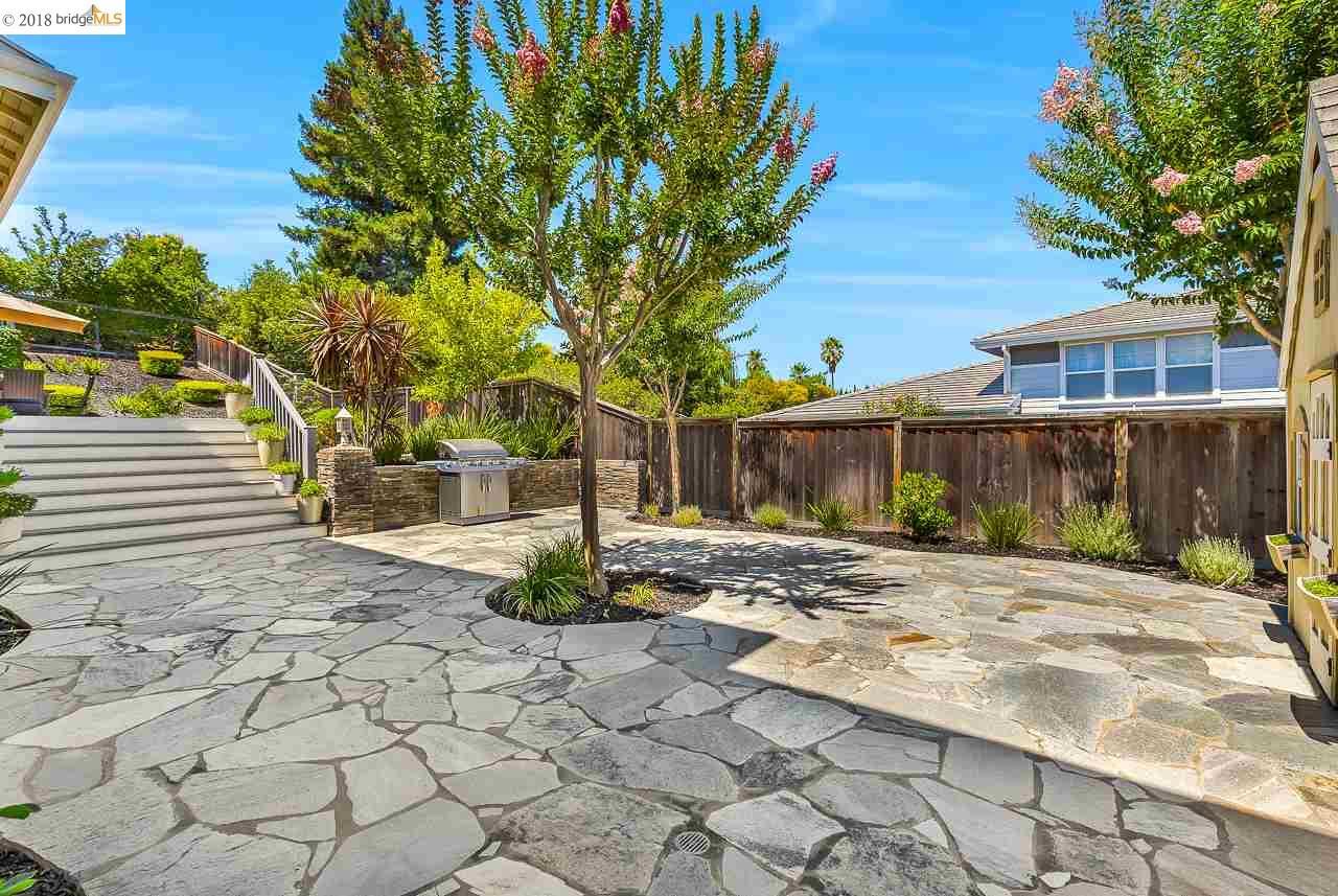 4376 LYNN DR, CONCORD, CA 94518  Photo