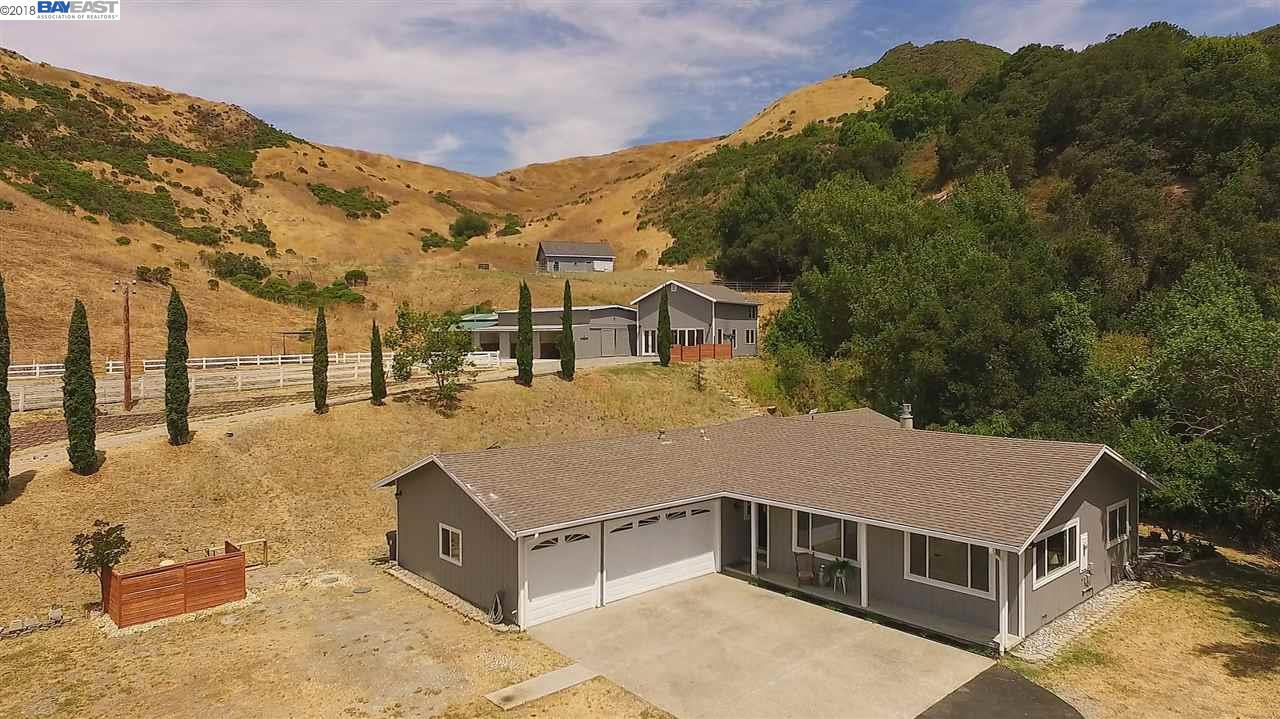 10701 CULL CANYON RD, CASTRO VALLEY, CA 94552