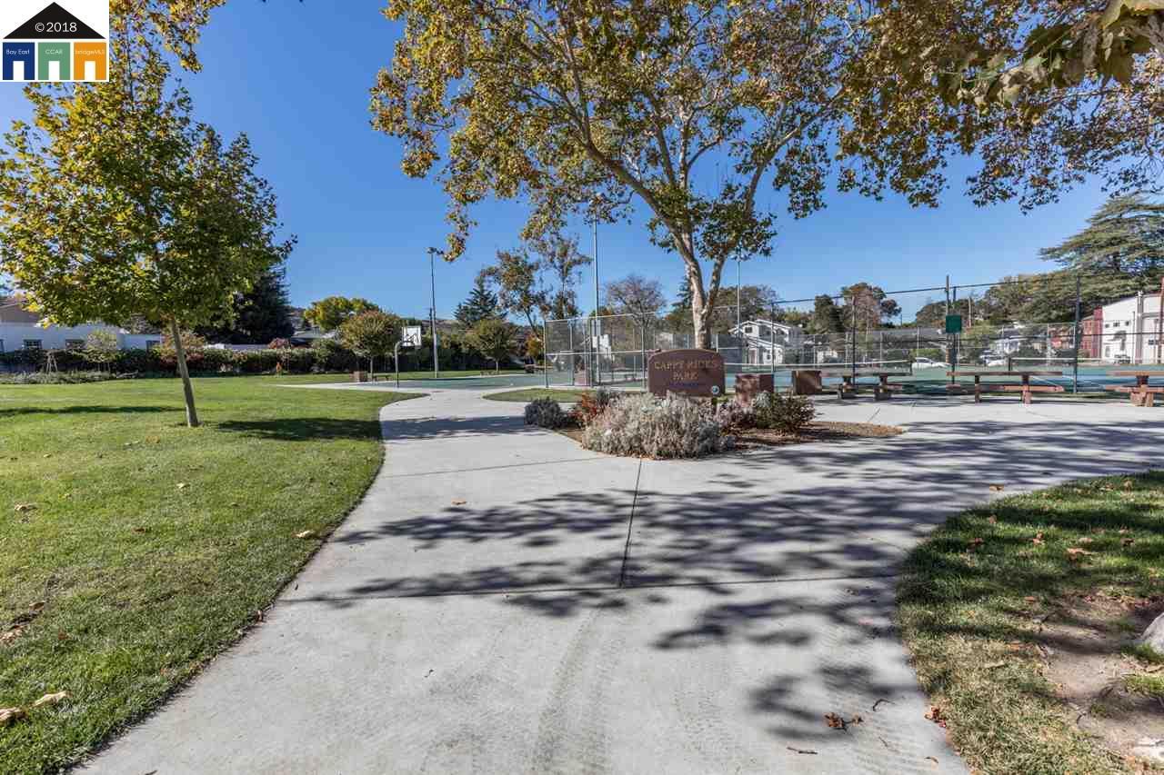 910 BROWN STREET, MARTINEZ, CA 94553  Photo