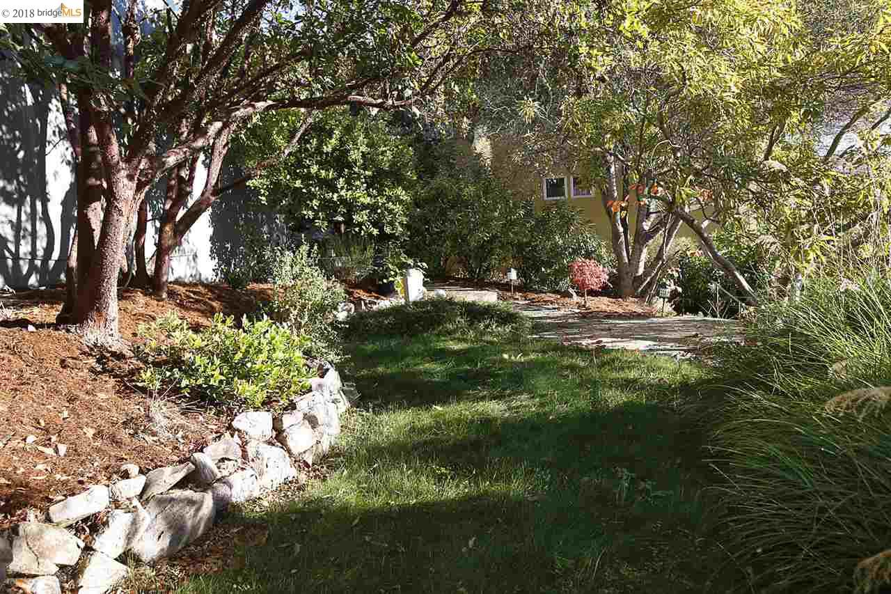 6062 GLENARMS DR, OAKLAND, CA 94611  Photo 2