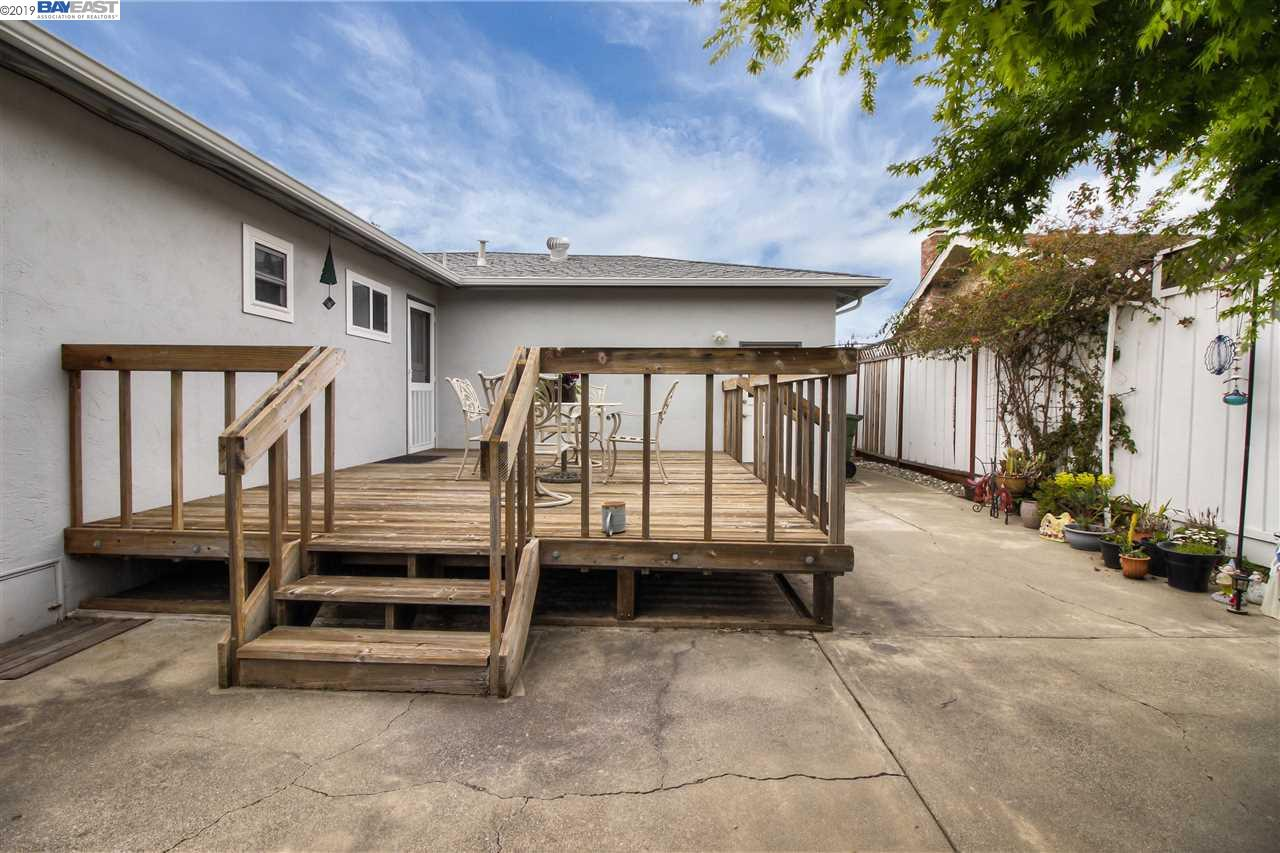 42788 Parkwood St Fremont, California 94538, 3 Bedrooms Bedrooms, 5 Rooms Rooms,2 BathroomsBathrooms,Residential,For Sale,42788 Parkwood St,40859237