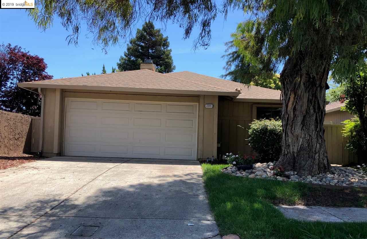 2201 Westgate Dr, PITTSBURG, CA 94565
