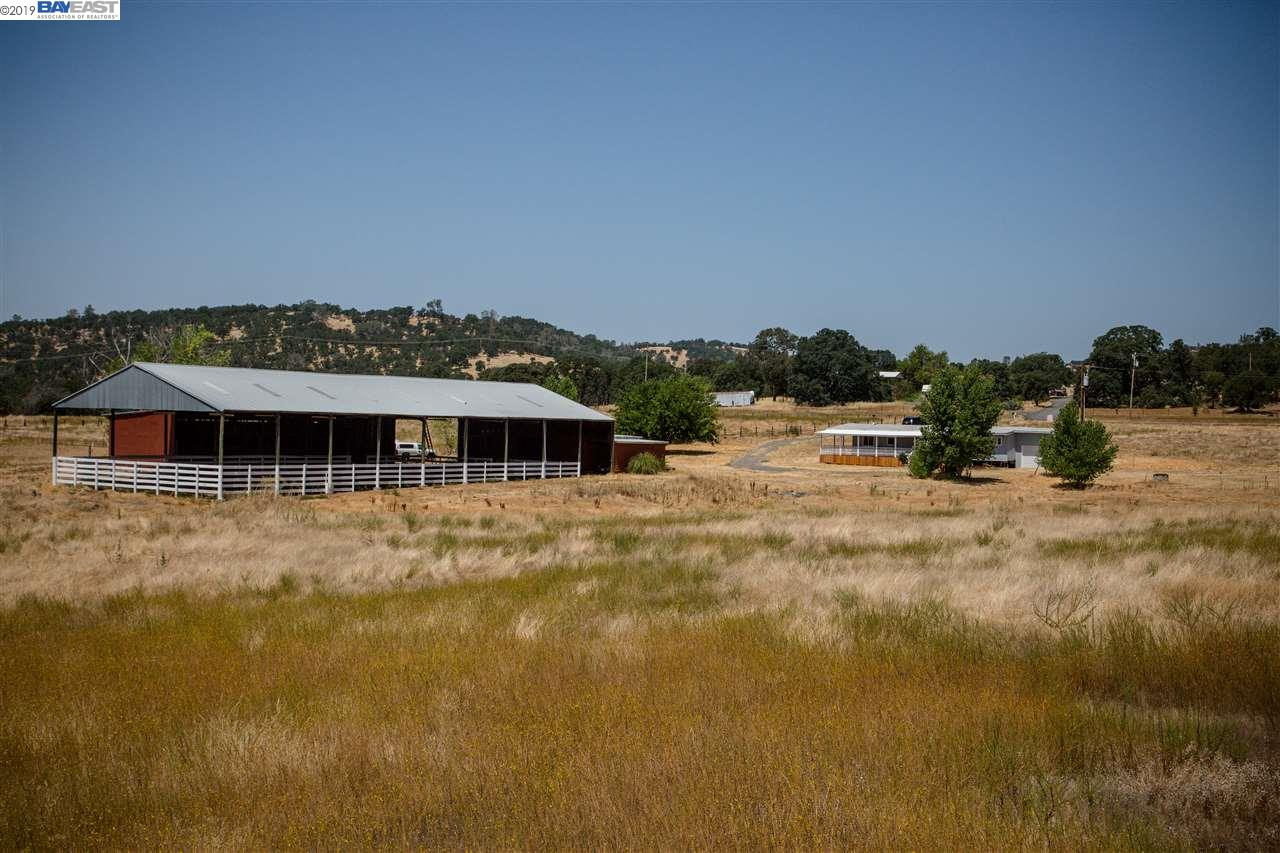 978 Reeds Turnpike Copperopolis, CA 95228