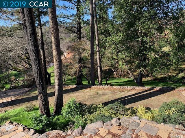 3664 Crown Hill Dr Santa Rosa, CA 95404