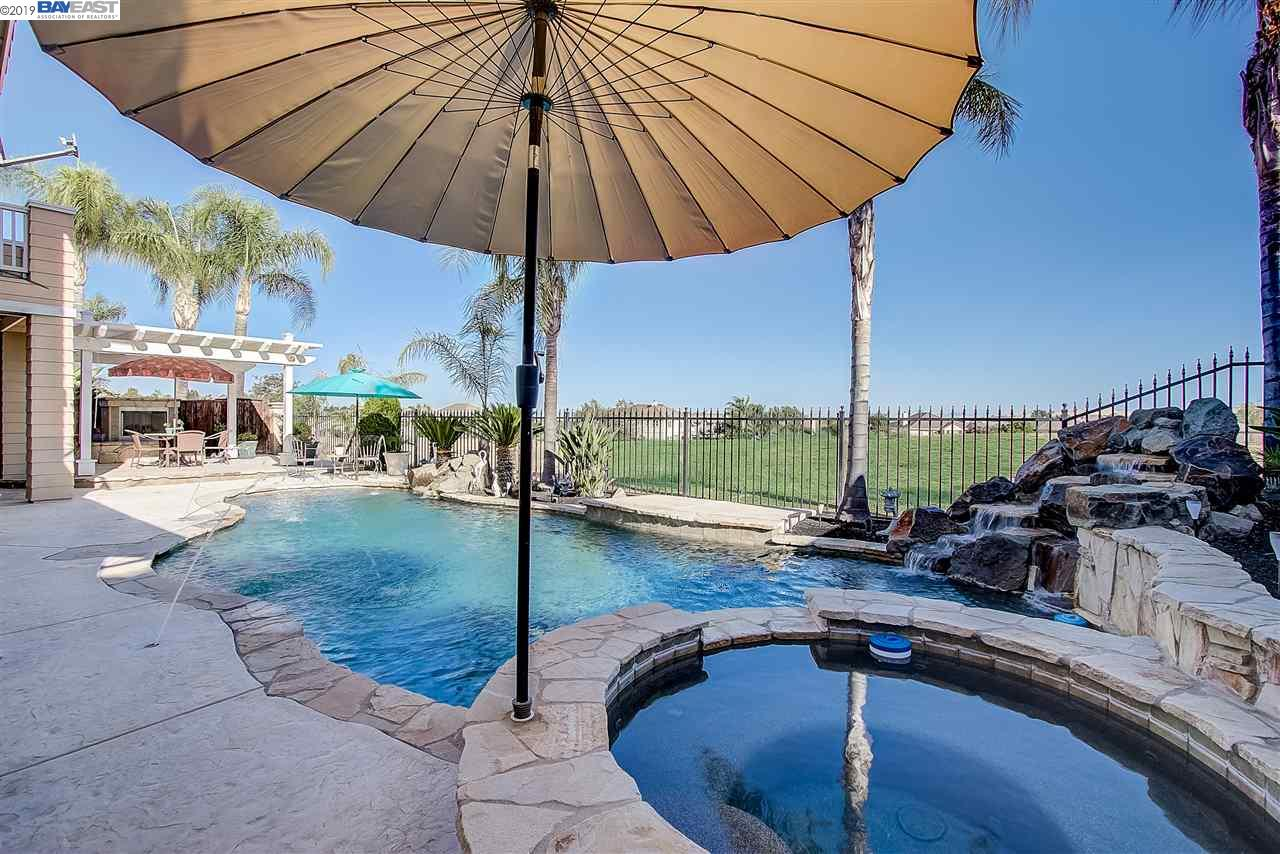 555 Lakeview Dr, BRENTWOOD, CA 94513