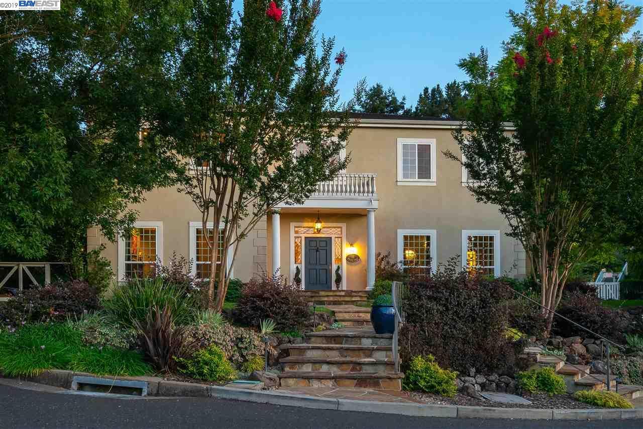 14 Monterey Ter Orinda, CA 94563