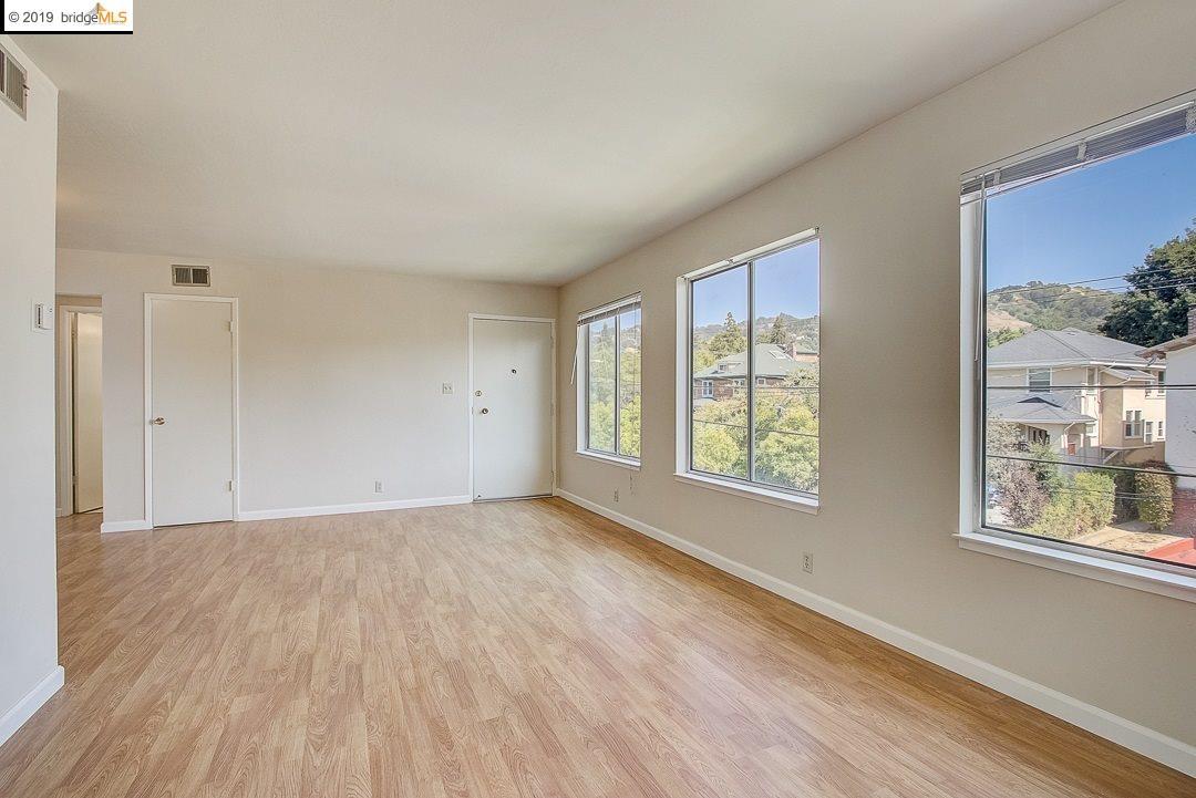 2812 Hillegass Ave #B3 Berkeley, CA 94705-2106