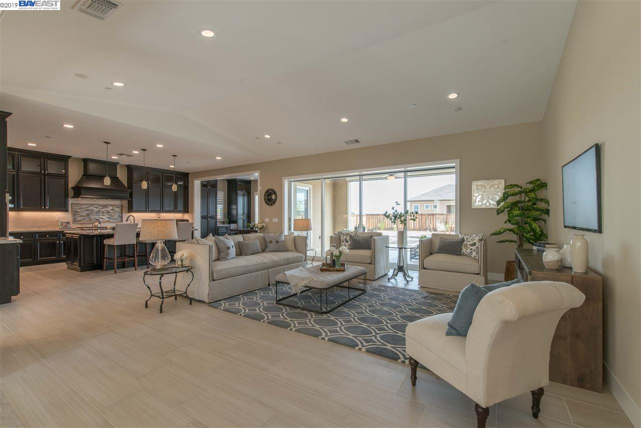 1990 Angels Share Court, BRENTWOOD, CA 94513