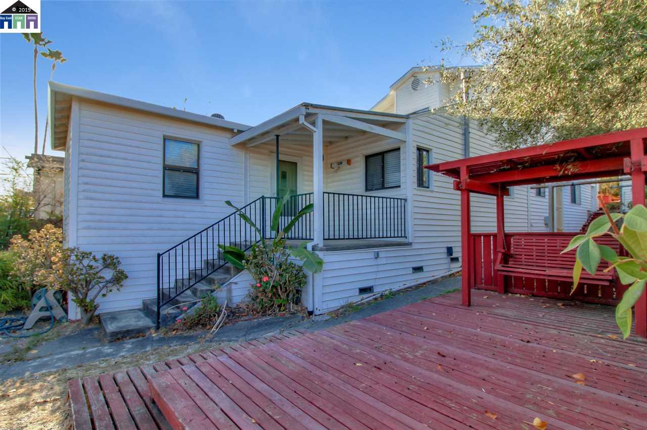 2220 Monterey Ave Martinez, CA 94553