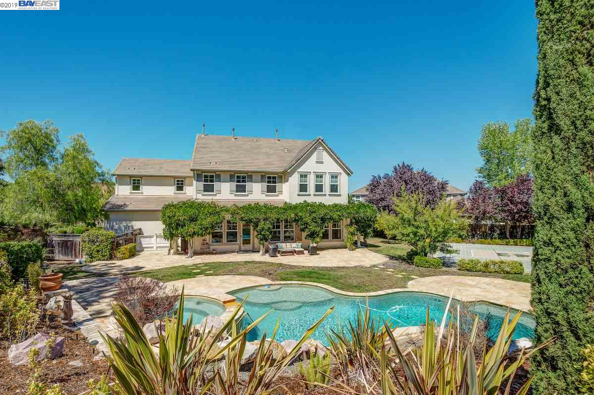 892 Chateau Heights Ct Pleasanton, CA 94566
