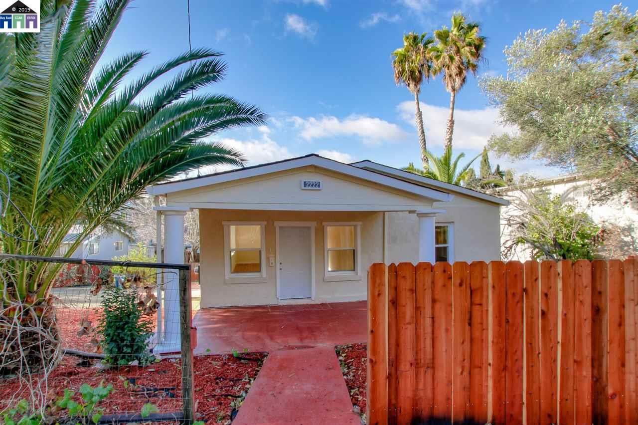2222 Orange Street Martinez, CA 94553-2820