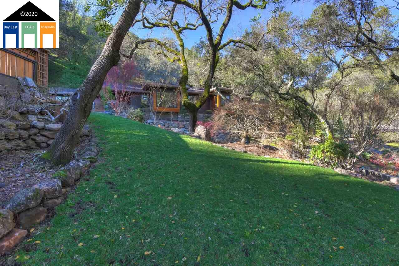 23 Camellia Lane Lafayette, CA 94549-2731