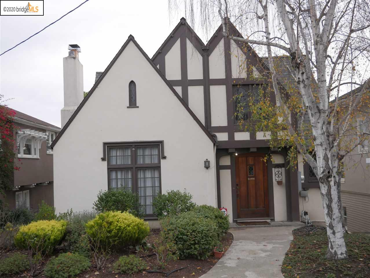 Photo of 1048 Annerley Rd, OAKLAND, CA 94610