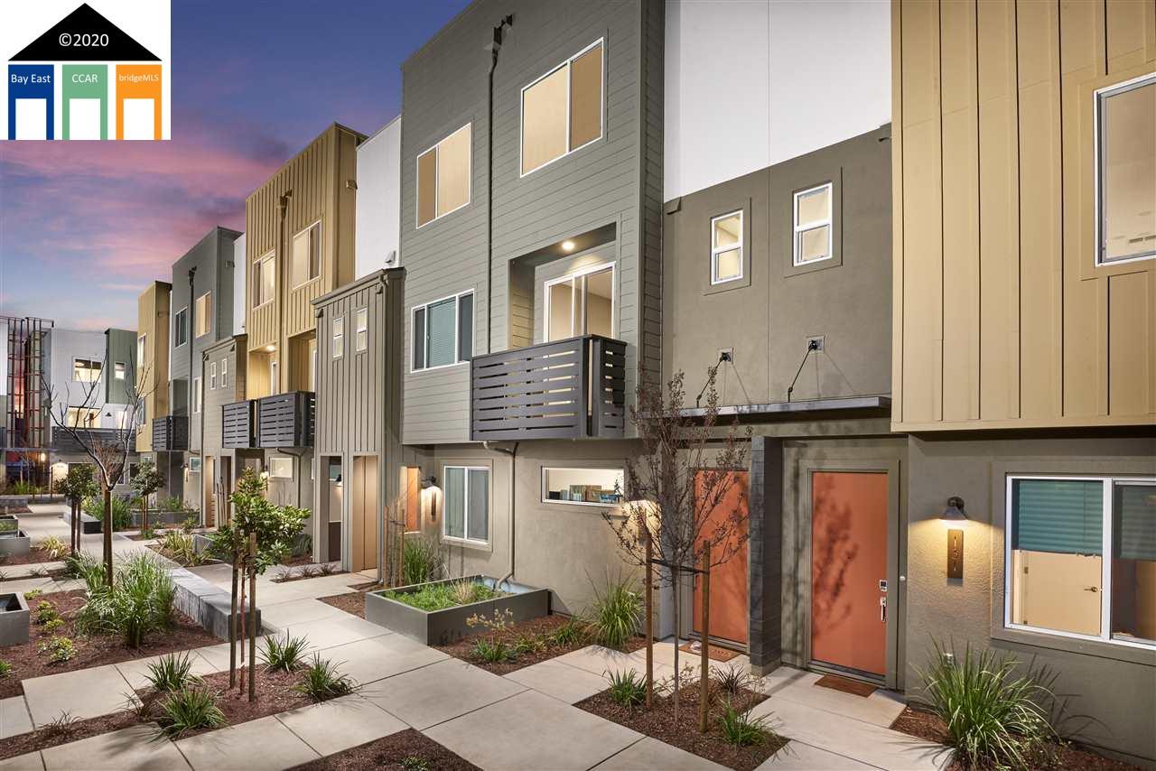 2221 Myrtle Street Oakland, CA 94607