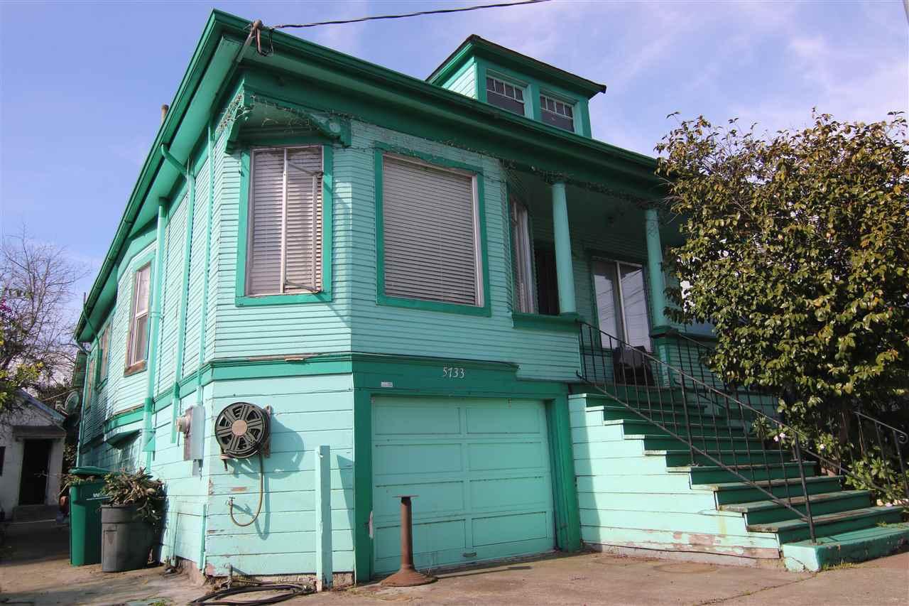 5733 E 17th St Oakland, CA 94621