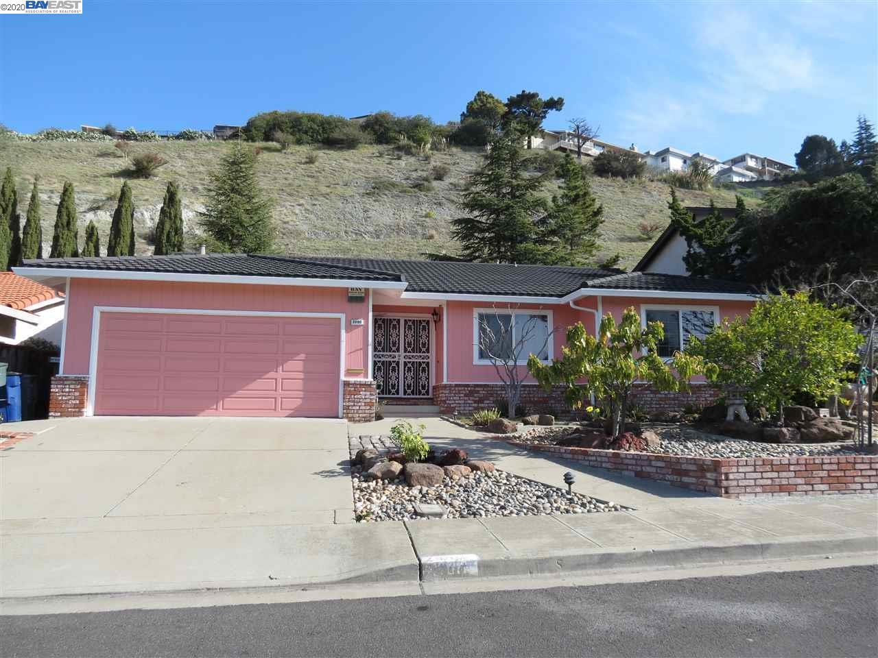 2090 Hillside Dr San Leandro, CA 94577