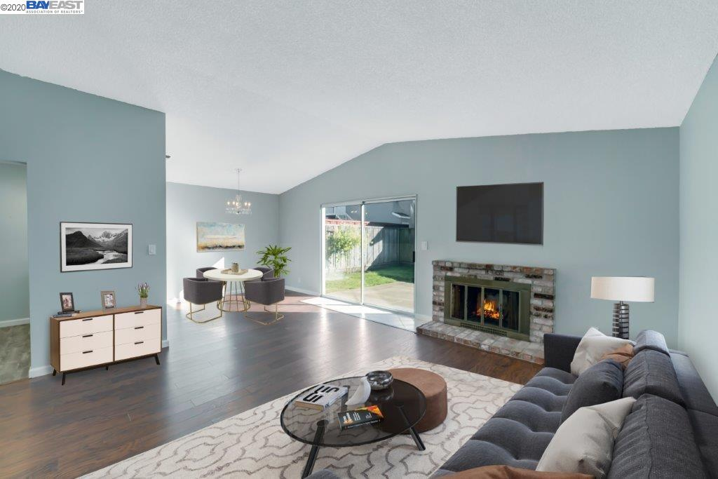 Detail Gallery Image 1 of 23 For 742 Arnold Way, Half Moon Bay, CA 94019-2101 - 3 Beds | 2 Baths