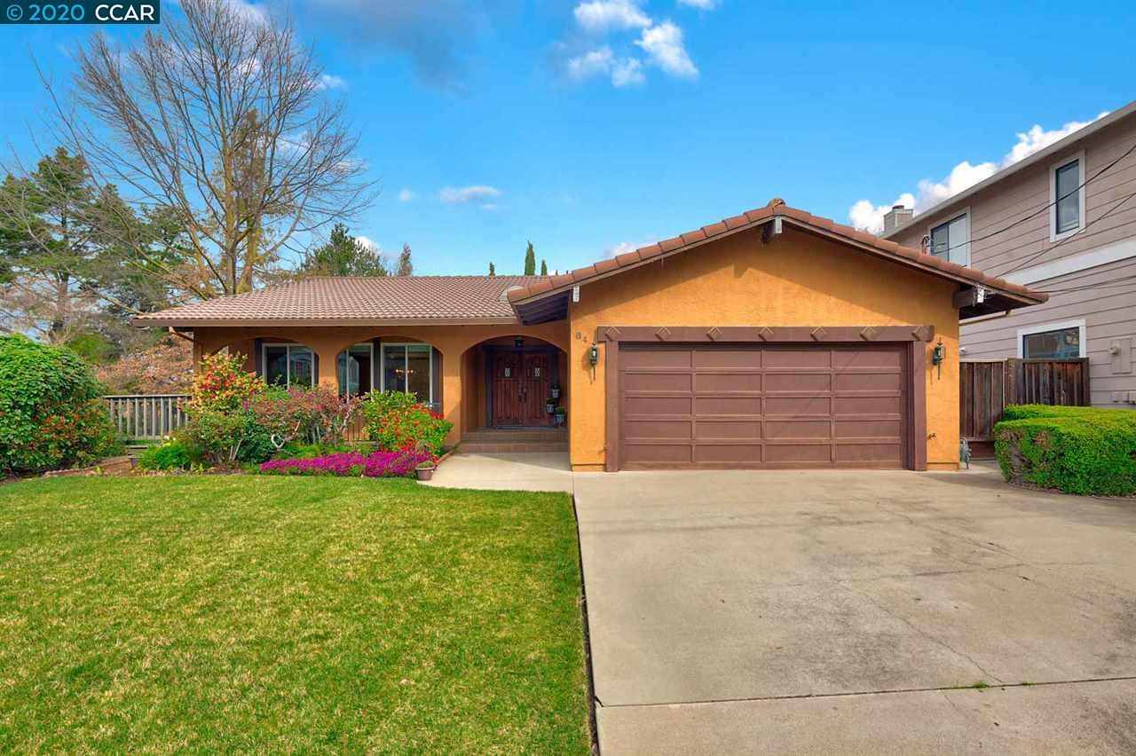 84 Midhill Road Martinez, CA 94553
