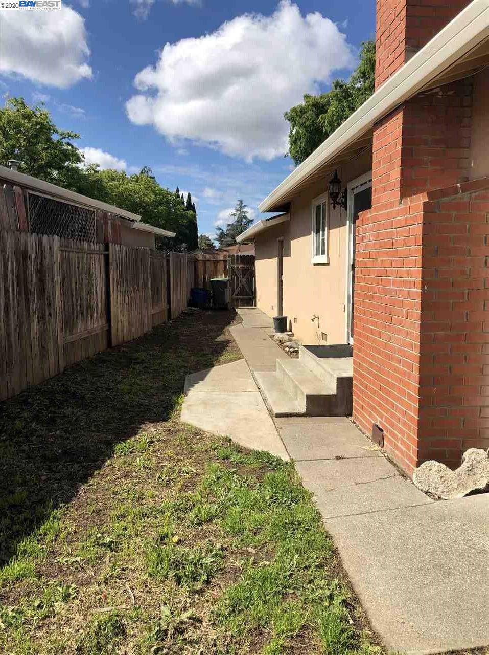2444 Harbor Ct, Fairfield, CA 94533