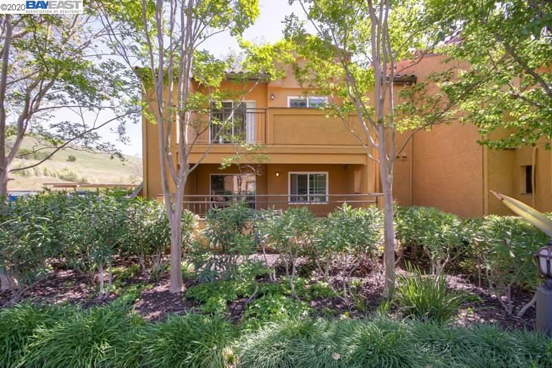 715 Watson Canyon UNIT 211 San Ramon, CA 94582