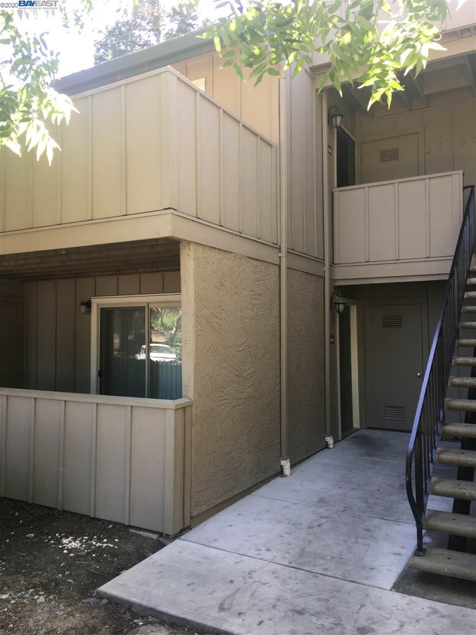 1295 Lakeview Cir, PITTSBURG, CA 94565