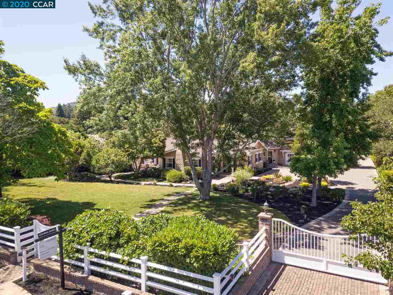 1062 Larch Avenue Moraga, CA 94556-1854