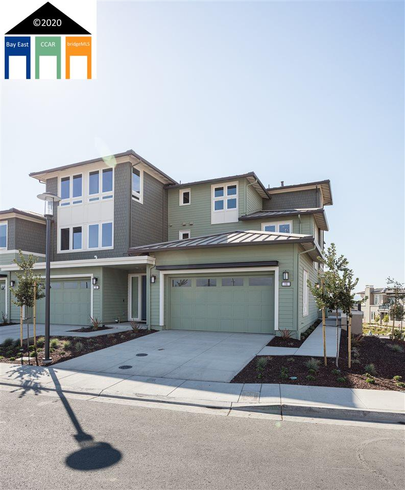 Detail Gallery Image 1 of 25 For 16 Sunset Lane, Point Richmond,  CA 94801 - 2 Beds | 2/1 Baths
