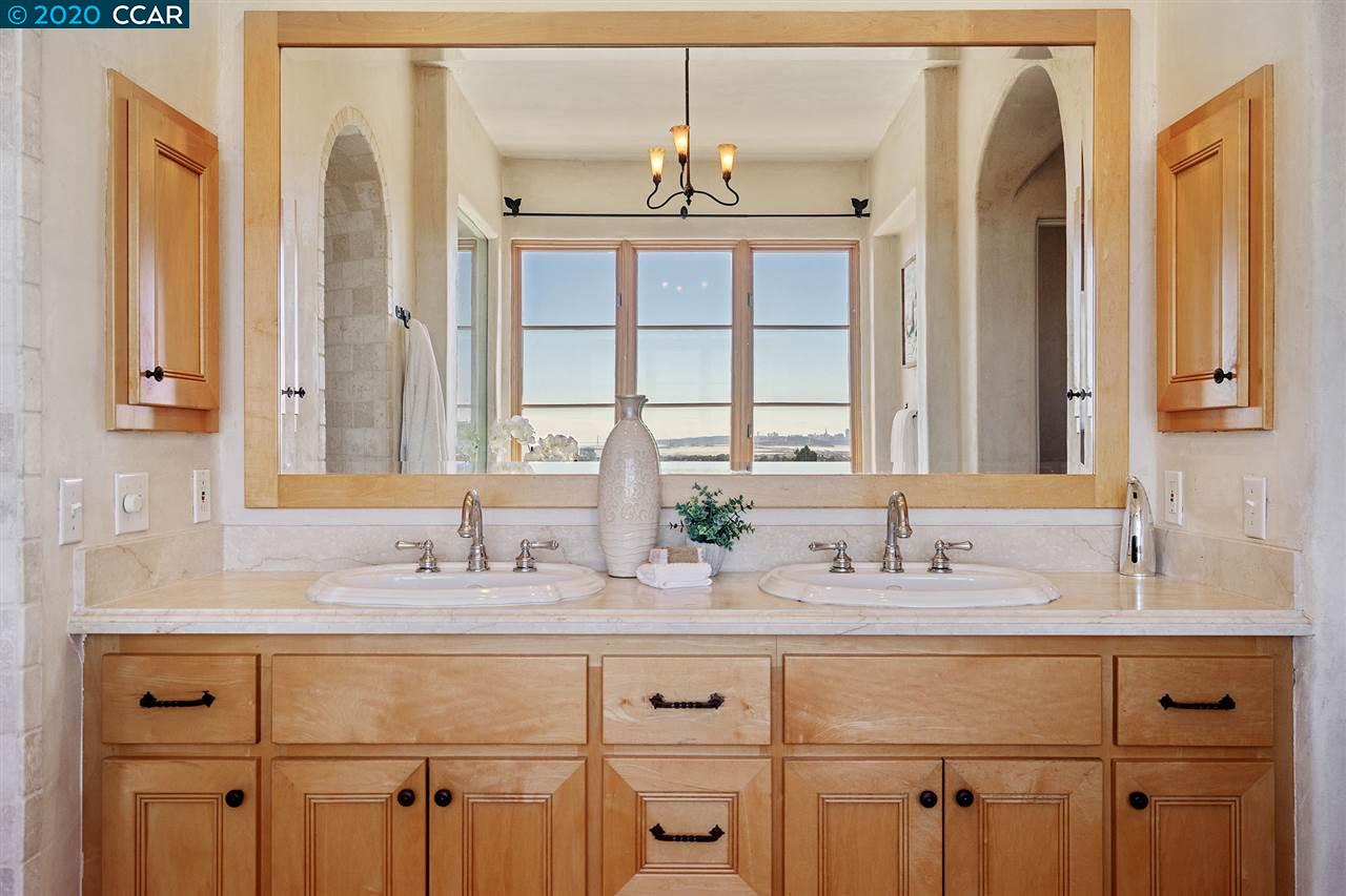 Dual Vanity with VIEWS!