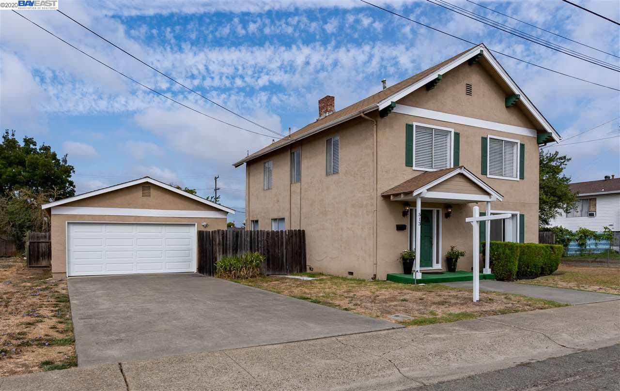 Welcome to this American Craftsman Style home located in Granda Hills. This home offers interior arc