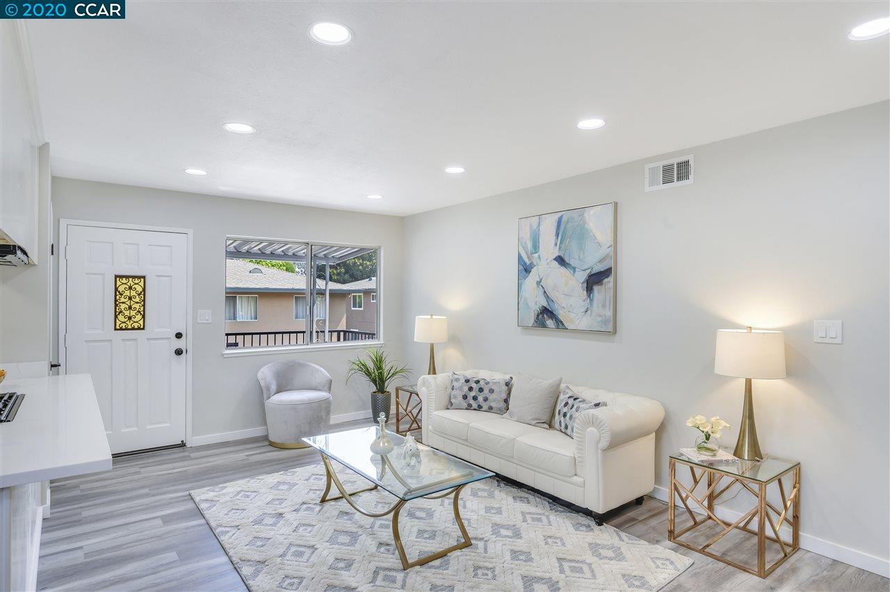 Detail Gallery Image 1 of 1 For 2267 Segundo Court #4,  Pleasanton,  CA 94588 - 2 Beds | 1 Baths