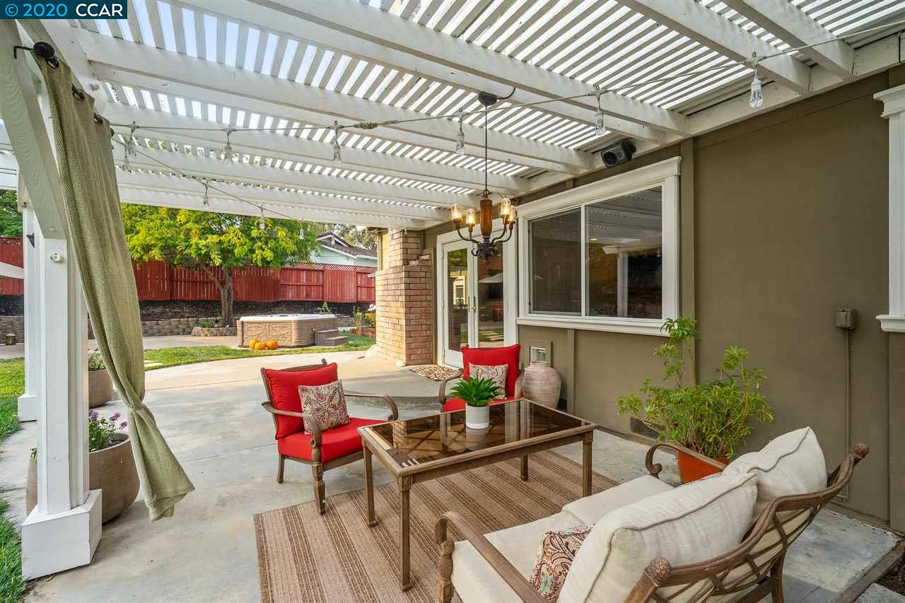 Fabulous Outdoor Seating Areas!