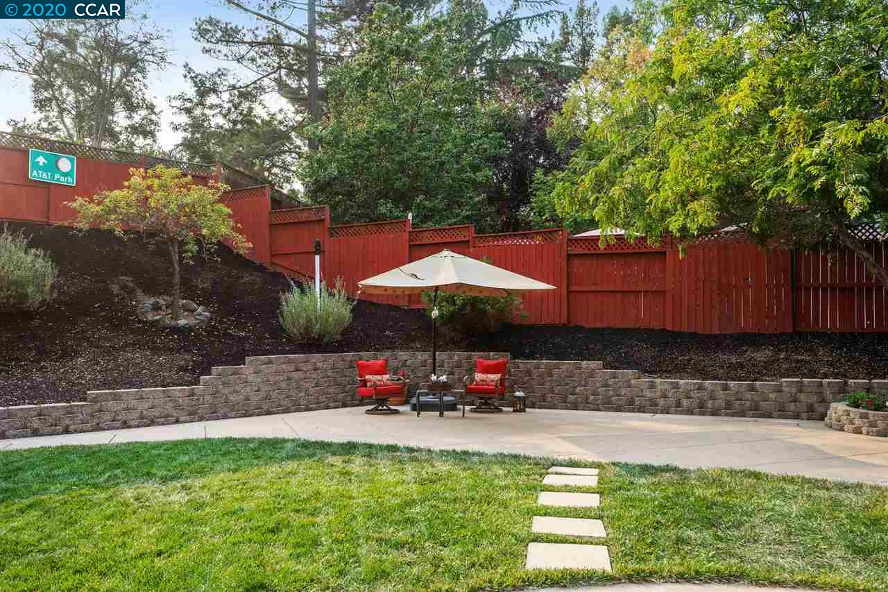 Several Outdoor spaces to Enjoy!