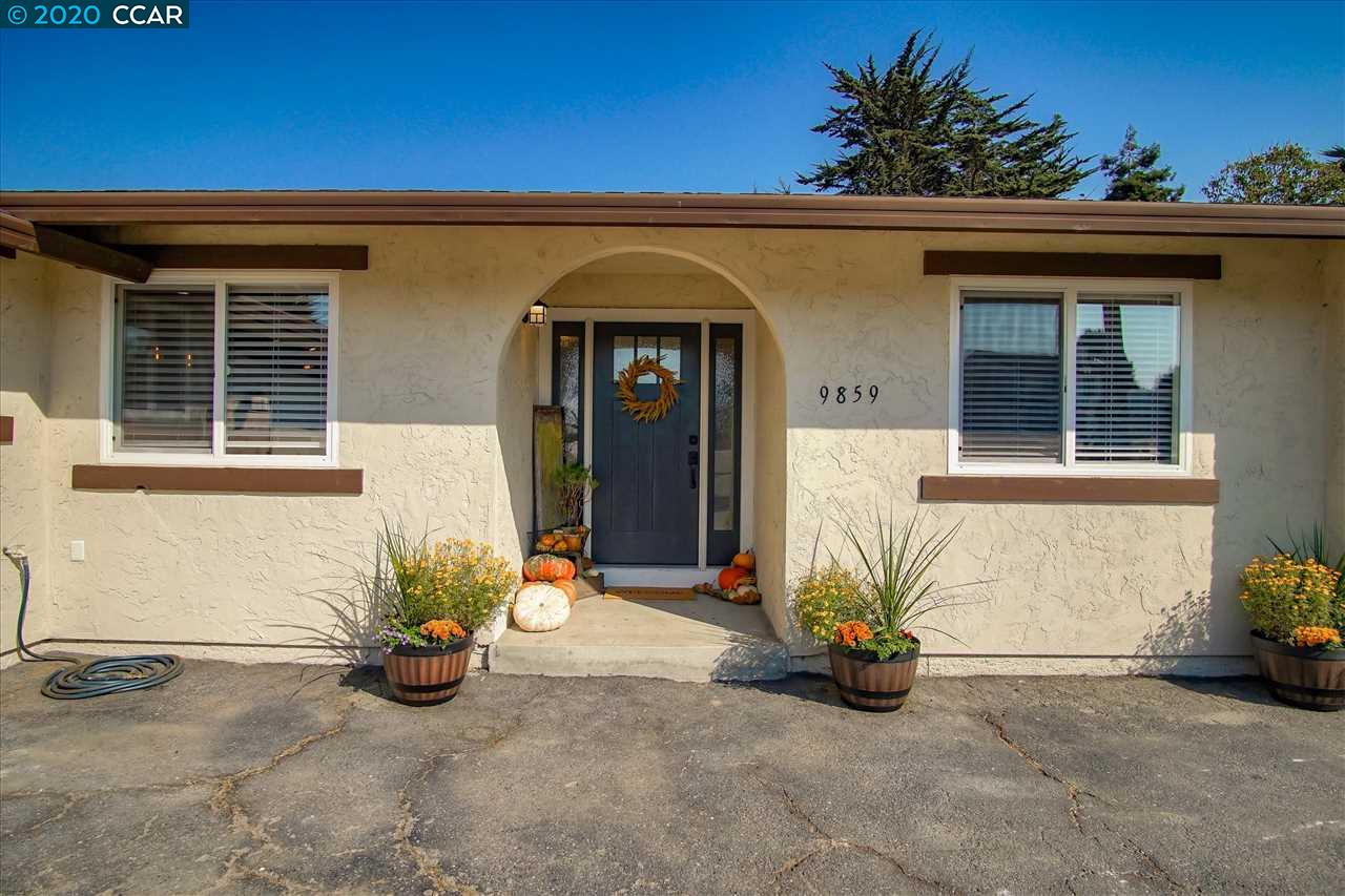 Detail Gallery Image 1 of 1 For 9859 Brookgrass Pl, Salinas,  CA 93907 - 4 Beds | 2/1 Baths