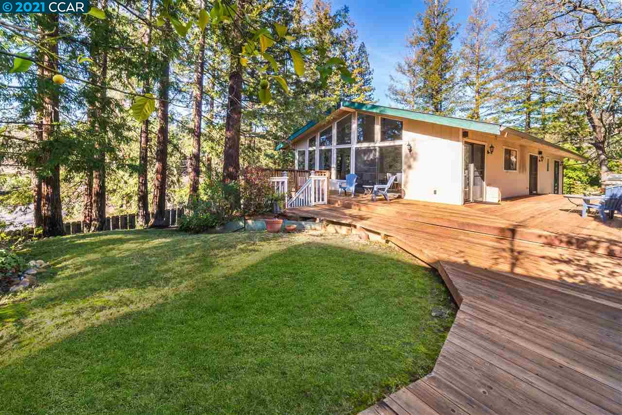Located in the desirable Leander Hills neighborhood & walking distance to DT Danville, this cute cottage is sure to impress. Highlights incl vaulted ceilings w/custom wood beams & new wood floors throughout. The exquisite interior feat tons of natural light from floor to ceiling windows & open floorplan. The built-in bar area in the dining room highlights this funky yet sophisticated interior. The bright kitchen w/new quartz counters & modern lighting, feat built-in appliances, breakfast bar, spacious dining area & overlooks the private backyard. The master bedroom suite feels as though you are miles away in your own private suite w/stunning newly remodeled bathroom w/walk-in shower. The master incl new wood floors & spacious walk-in closet. Step outside & enjoy the serene backyard w/towering redwood trees, large deck & lush lawn perfect for entertaining w/family &friends. This amazing home is conveniently located w/in top-rated schools, shopping, restaurants & easy access to freeways.