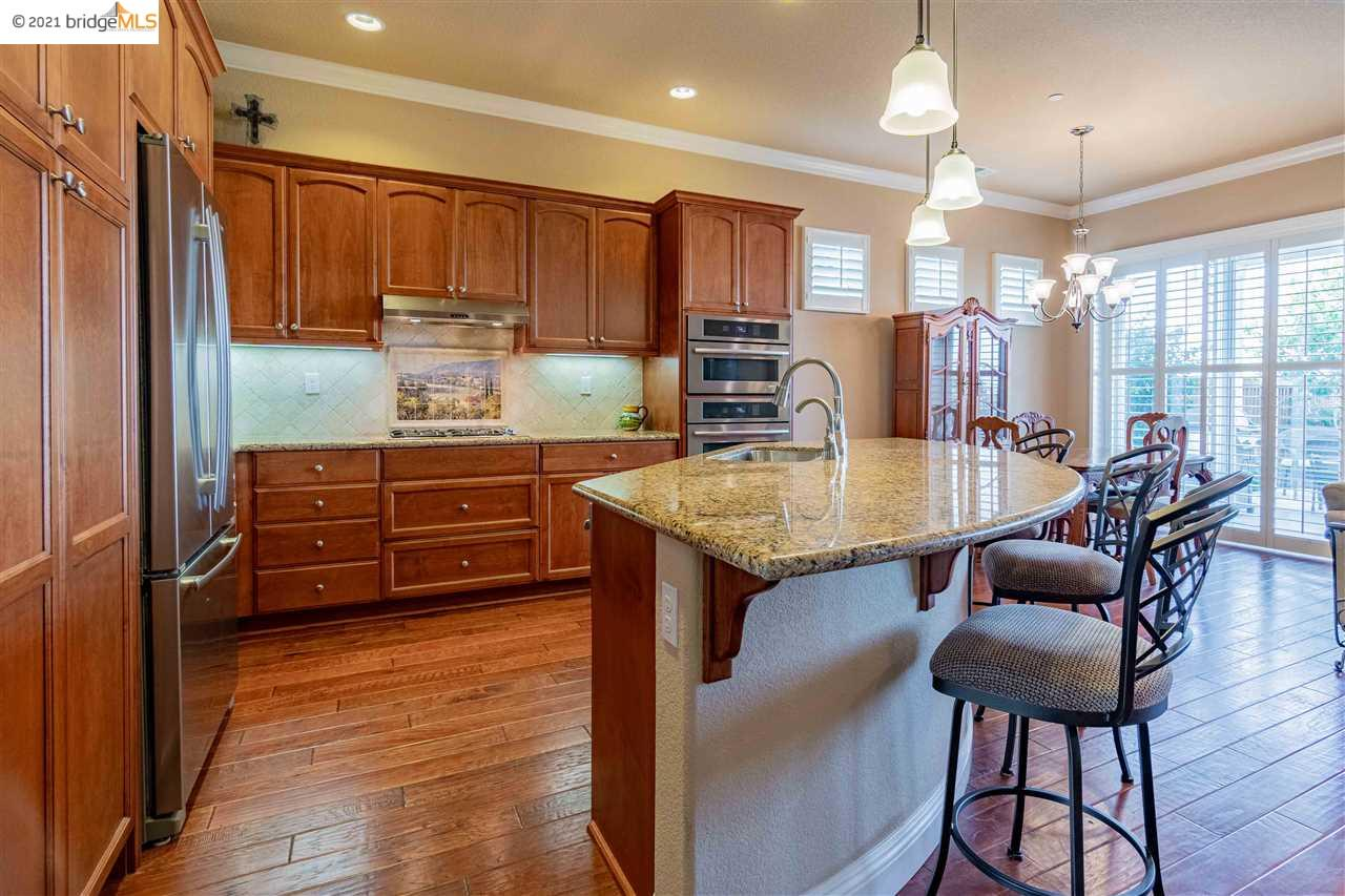 55+ Community, close to Zinfandel gate, no rear neighbors!  Enjoy all that Trilogy has to offer while owning this lovely one-story, open floorplan, 2 car garage, Solar, tankless water heater, Breakfast bar, generous Smart Space Office/laundry room, and spacious bedrooms. Close to shopping!