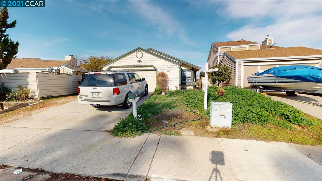 Great investment or starter home. Located in central Antioch close to schools, shopping, highway 4 and the NEW Bart. Open floor plan with large windows and a great view of the California delta.
