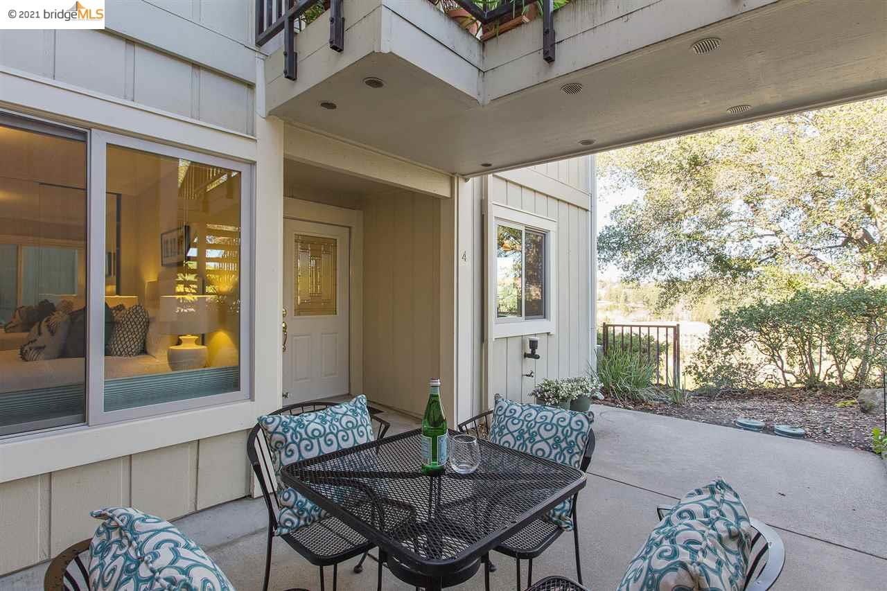 Detail Gallery Image 1 of 1 For 1905 Cactus Ct #4,  Walnut Creek,  CA 94595 - 2 Beds | 2 Baths