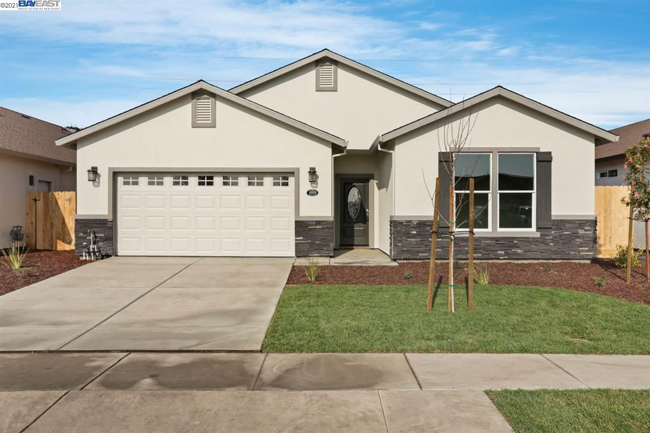 Detail Gallery Image 1 of 31 For 1966 Simbad Ct, Stockton,  CA 95206 - 3 Beds | 2 Baths