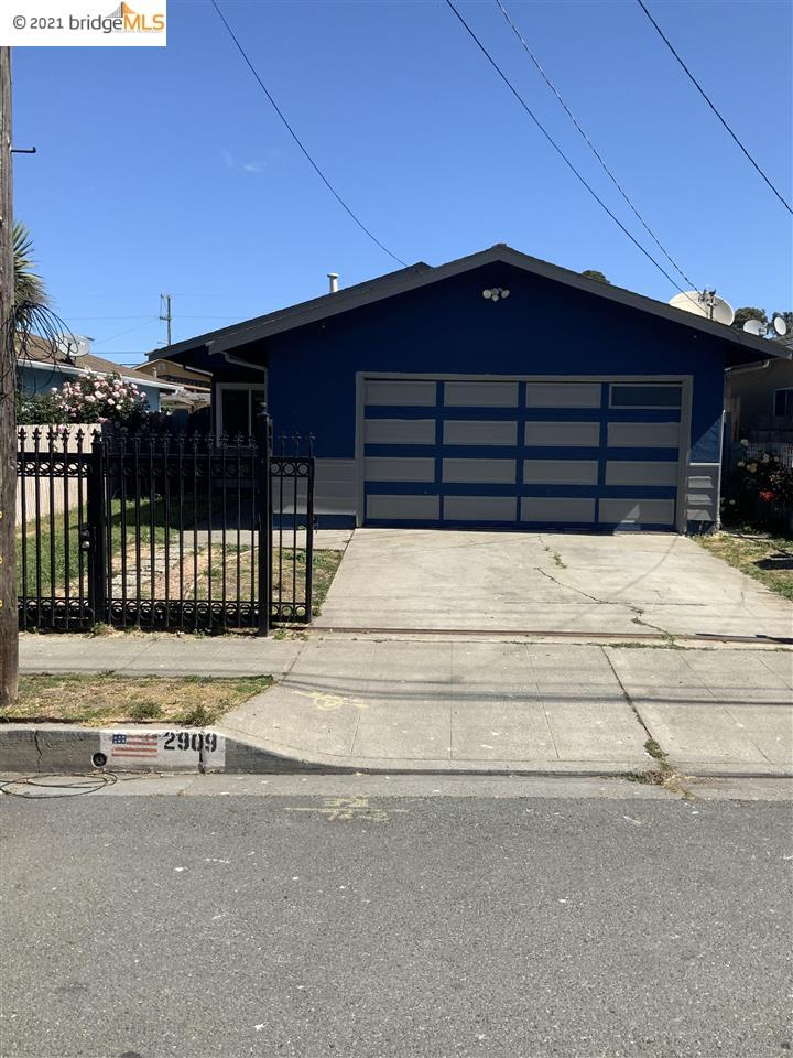 SINGLE FAMILY HOME MOVING READY UPDATE BATHROOM UPDATED KITCHEN NEW FLOORS IN THE GARAGE NEW PAINT OUT AND INSIDE THE HOUSE NEW FENCE ON THE BACKYARD  4 SPECIOUS BEDROOMS CLOSED TO SCHOOLS,SHOPPING CENTER AND FREEWAY AND MUCH MORE