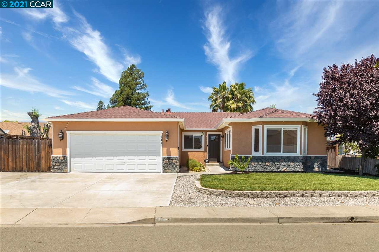 This stunning updated single story home is located in a quiet & desirable neighborhood. The popular open floor plan offers an abundance of natural light, high ceilings, designer lighting fixtures, crown molding & beautiful flooring throughout. Find your way into the spacious living room with soaring high ceilings & french doors opening to the relaxing backyard patio. The beautifully appointed chef's kitchen feats custom white cabinetry, granite countertops, high-end built-in SS appliances, eat-in breakfast bar & opens to the inviting dining room. The luxurious primary suite with spa-like ensuite bath feats custom tile work, travertine marble vanity, separate walk-in shower with spa fixtures, jetted soaking tub & a spacious walk-in closet. Enjoy two add'l beds serviced by a shared full bath. The expansive backyard is perfect for entertaining with a large patio & lush lawn. This spectacular home is located w/in the award-winning SRV school district & close to parks, shopping & dining.